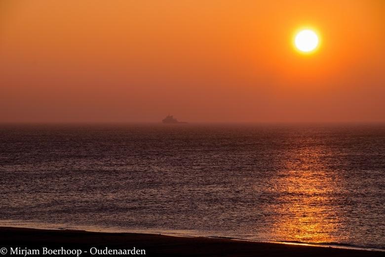 Zonsondergang bij Petten