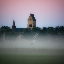 Bolsward in de mist