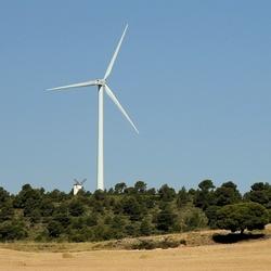 Oude en nieuwe windmolen....