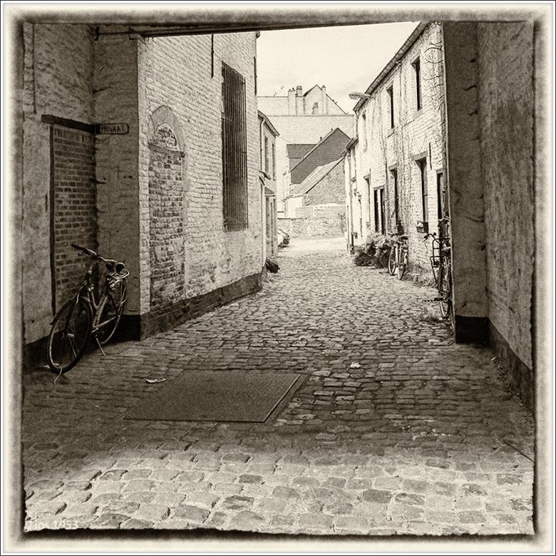 """Steegje - """"Steegje"""" in Leuven als """"oude postkaart"""""""