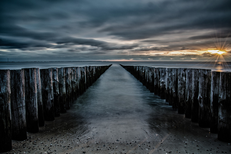 Sunset at the beach - Zonsondergang aan het strand van Burgh-Haamstede in Zeeland.