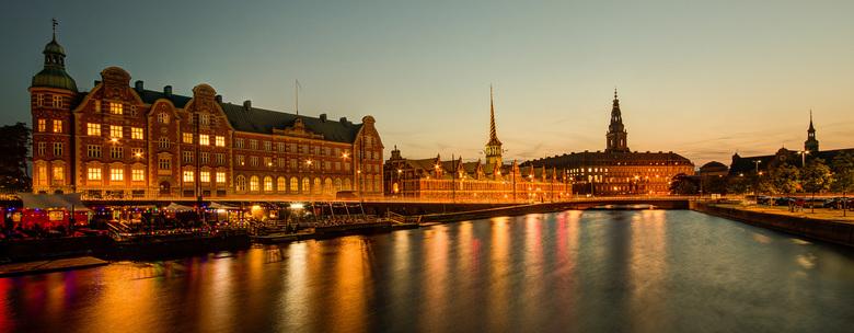 Kopenhagen - Beurs en Christiansborg - Kopenhagen - Amalienborg - 01