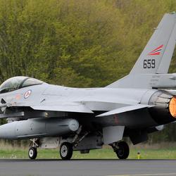 Takeoff F16