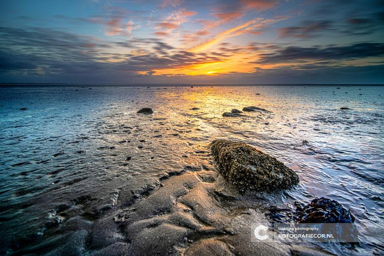 Zonsondergang waddenzee - Gewoon ff niks, genieten van de eenvoud en eindeloze uitzicht. Aan het wad moet ik niet met een goede foto thuis te komen. A