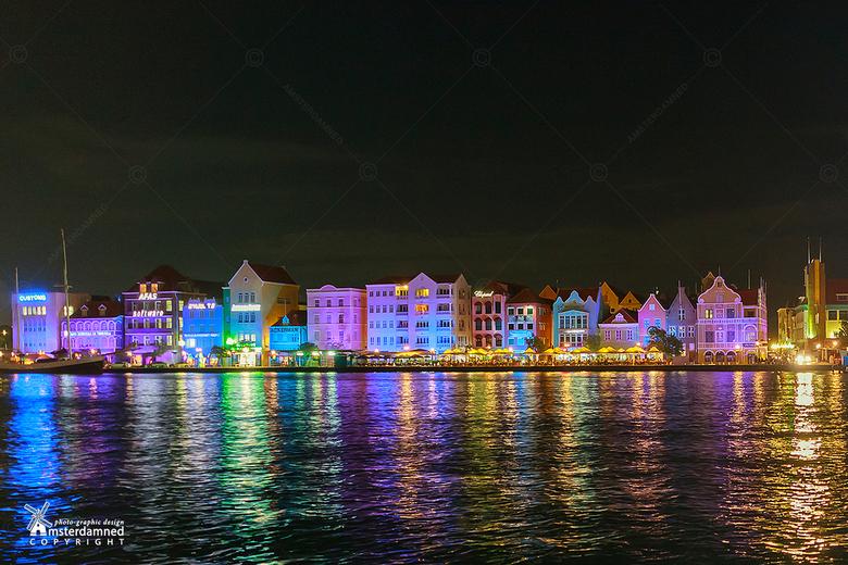 Punda - Punda  is de oudste wijk van Willemstad, de hoofdstad van Curaçao. Oorspronkelijk heette de wijk De Punt, wat in het Papiaments vertaald werd