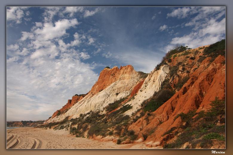 Praia da Falésia - Als de zon er op schijnt, zien de kleuren er ècht zo uit.