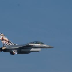 F16 met Tail Art