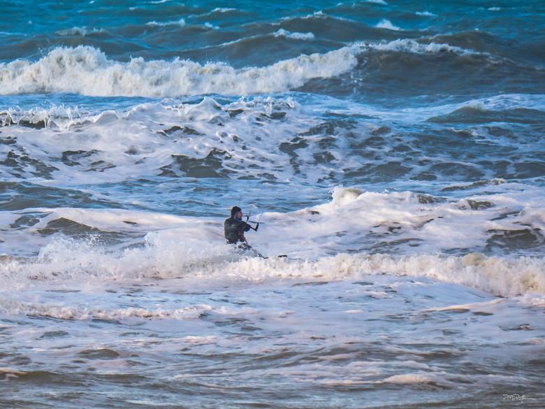 Stormy surfer II -