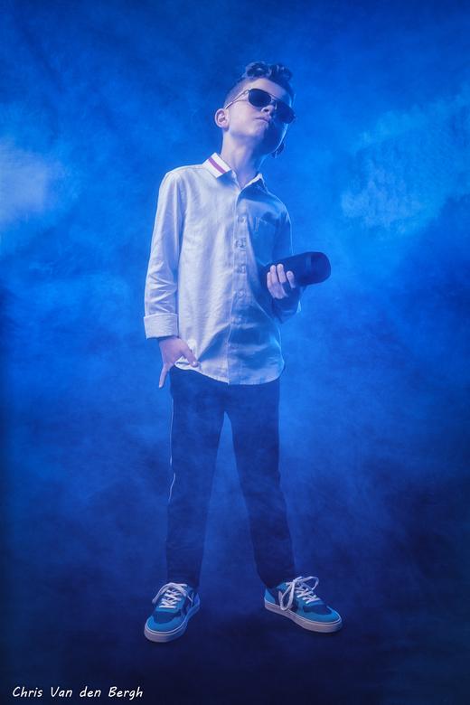 Sub zero... - De ouders wilden coole foto's van hun zoon voor de communie. Dat is altijd leuk om verder uit te werken...