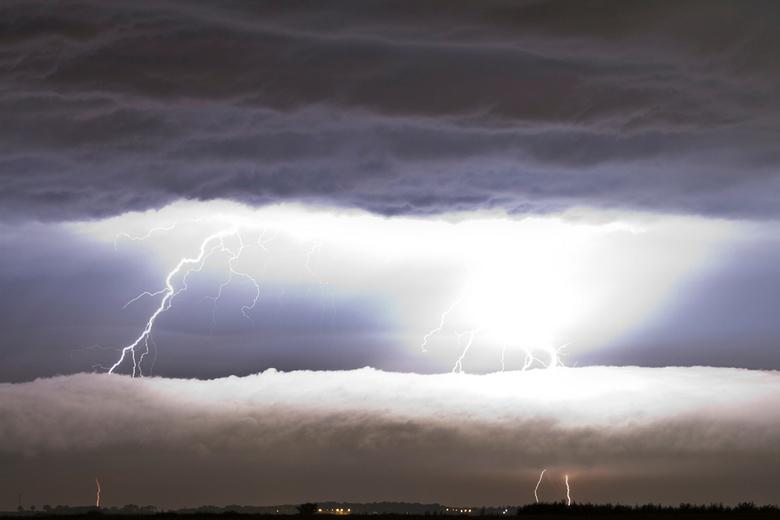 Electric cloud - Gefotografeerd tijdens zwaar onweer 23 Augustus 2011
