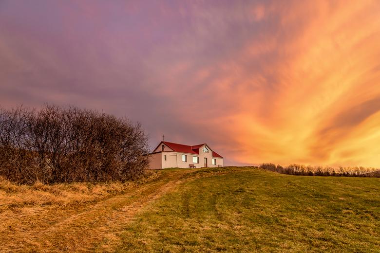 KOLUGLJUFUR - Prachtige kleuren tijdens de zonsondergang bij Kolugljúfur vidhidalstunga IJsland