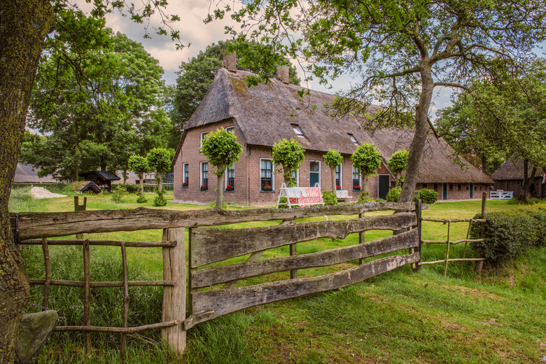 Drents landschap - Eeuwenoud en een typisch stukje Drentse bouwkunst