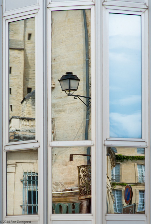 The reflections of Avignon