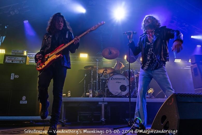 VandenBerg's Moonkings - Schollenpop, met &#039;n bekende band. Het was dan ook genieten.<br /> <br /> Iedereen hartelijk dank voor de waardering vo