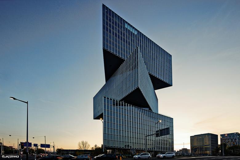 Nhotel - Nhotel bij de Rai in Amsterdam.<br /> opent in jan 2020.