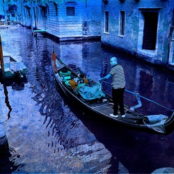 The blue man in Venice ...