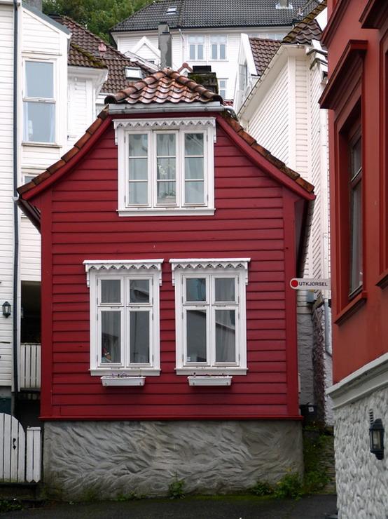 Oude binnenstad. - De oude binnenstad van Bergen Noorwegen.<br /> In deze plaat zat veel Lensvetekening heb alles zoveel als mogelijk was rechtgetrok