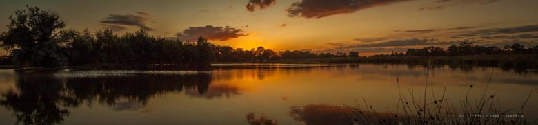 _MG_6178-Pano - deze mooie kleuren kunnen vastleggen door 4 foto's te koppelen tot een mooi panorama