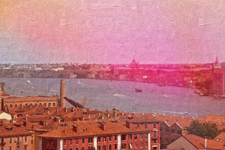 Venetian... - ...
