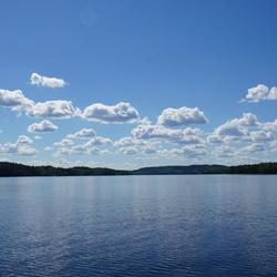 Mooie luchten boven water