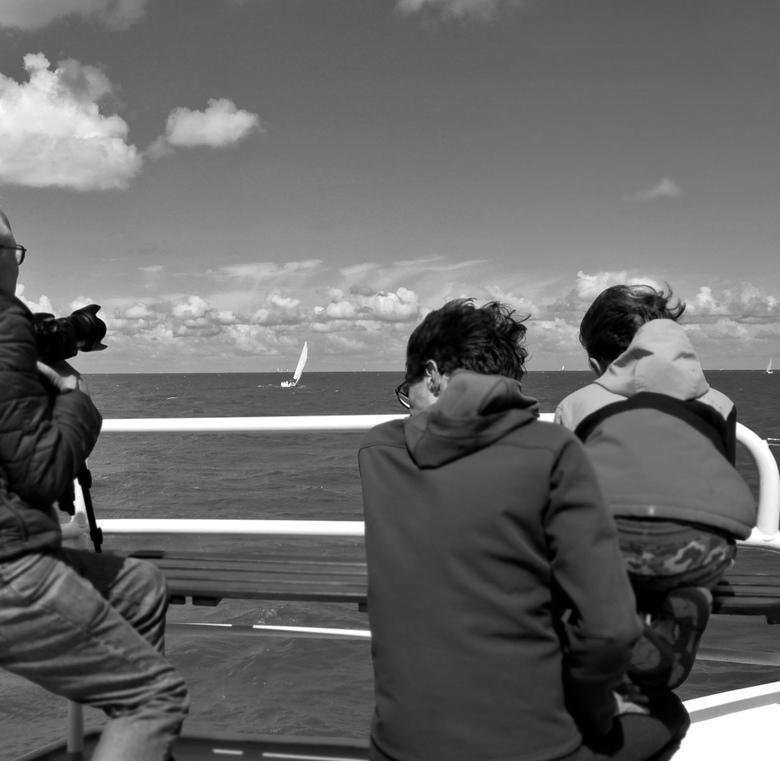 Vroeger deden ze het al. . - IJsselmeer- . . . en vandaag de dag kun je nog steeds  met de boot naar Urk en Stavoren varen.<br /> Vice versa vanaf En