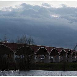 Stadsbrug Nijmegen De Oversteek