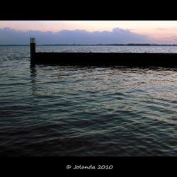 Gooimeerdijk by evening