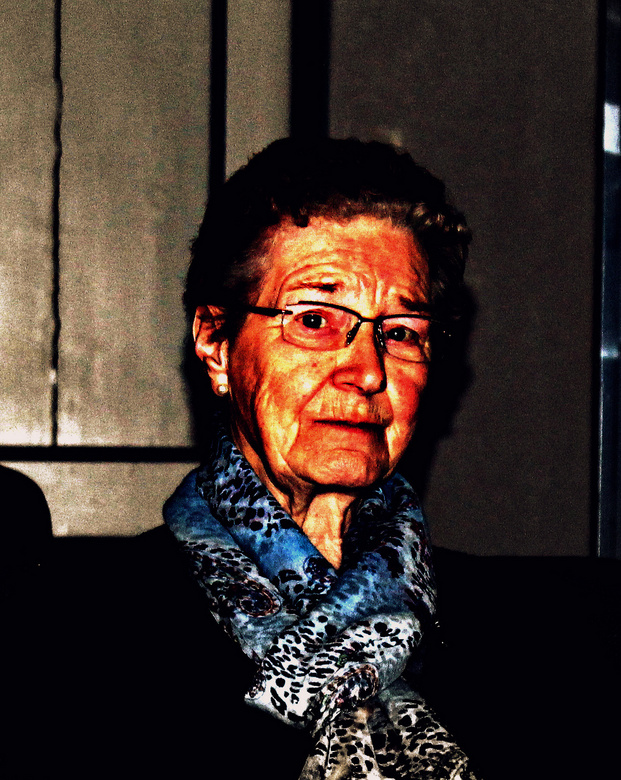 Beppe (oma) - Beppe is mijn model voor het portret