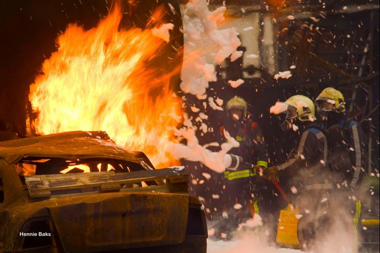 Brandweeroefening op Maasvlakte 1 FALCK
