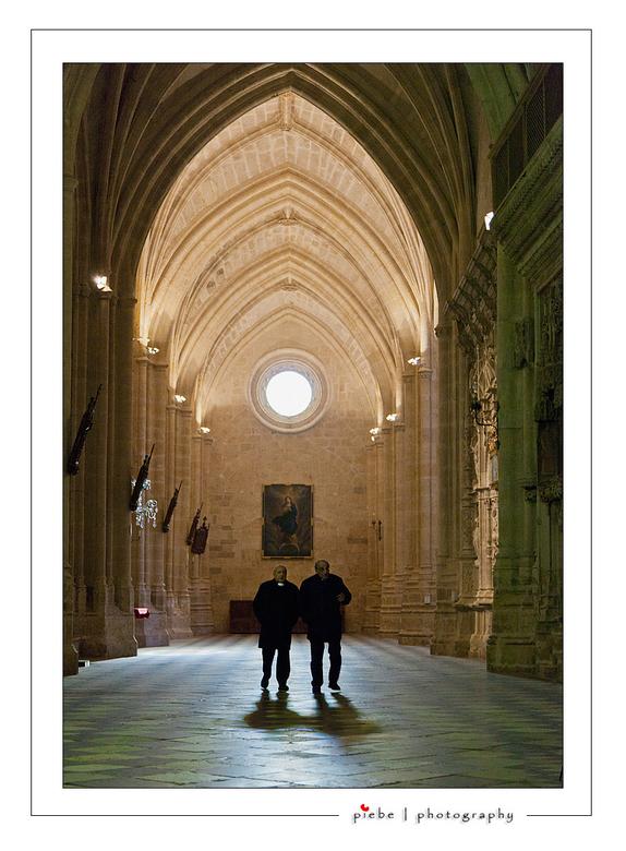Cathedral Palencia - Tijdens mijn werk in Spanje had ik even tijd om &#039;s avonds een kathedraal in Palencia in te gaan.<br /> <br /> Groet Piebe