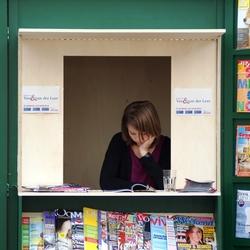 Tijdschriften verkoopster