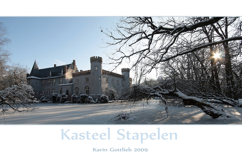 Kasteel Stapelen - Kasteel Stapelen ligt er nu prachtig bij. <br /> <br /> Groetjes,<br /> <br /> Karin