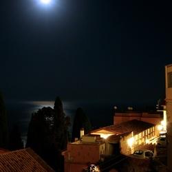 Taormina nachtelijk zeezicht
