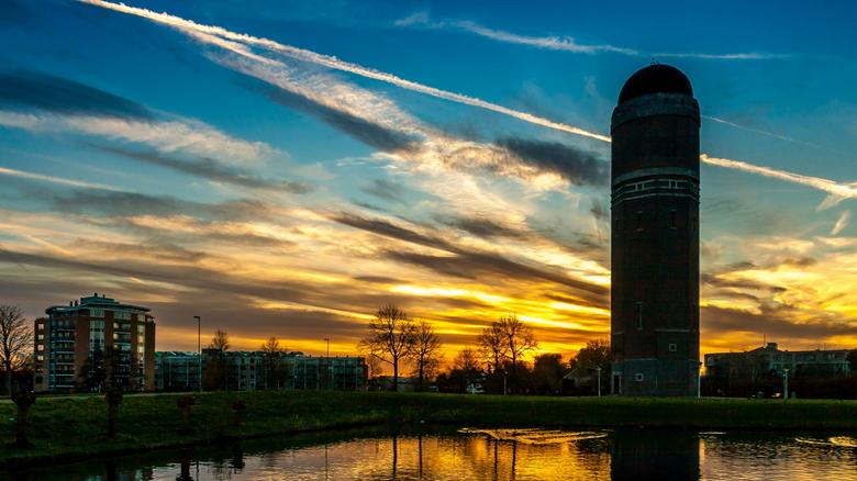 Watertoren Zoetermeer - Watertoren Zoetermeer<br /> Toen ik vanmiddag op de fiets naar huis reed kwam ik langs de voor mij bekende watertoren. Gelukk