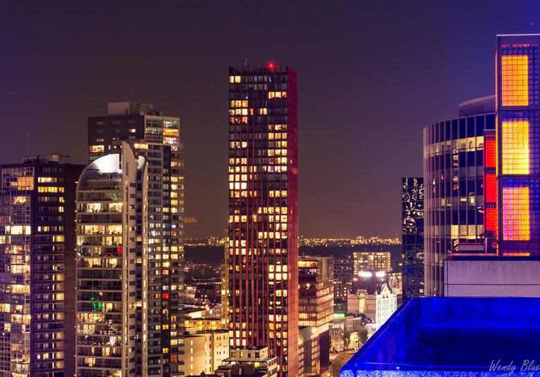 Rotterdam architectuur - Vorig jaar november op een mooie hoge locatie een fotomeeting in Rotterdam gehad. Leuke ervaring en het weer zat ons mee.