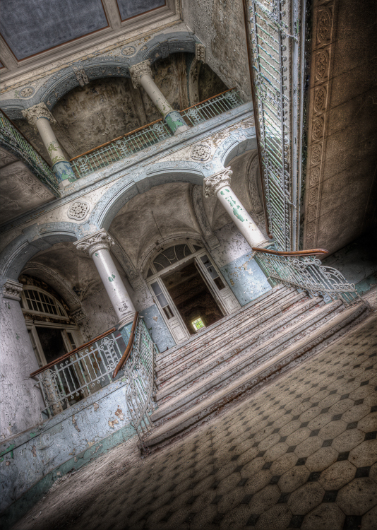 The Hall - Beelitz