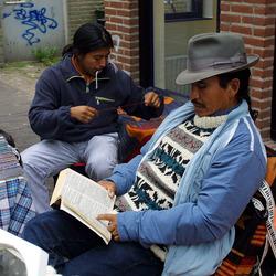 lezende Peruaan