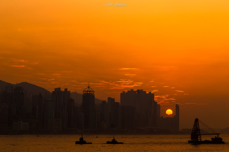 Hong Kong Island Sunset - Zonsondergang over Hong Kong Island.