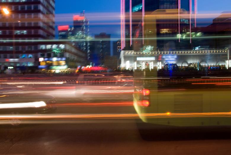 Rush - Nachtelijk verkeer in Peking.