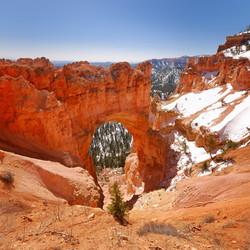 Natural Bridge - Bryce Canyon