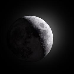 De Maan in HDR