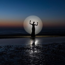 Bond girl - lightpainting