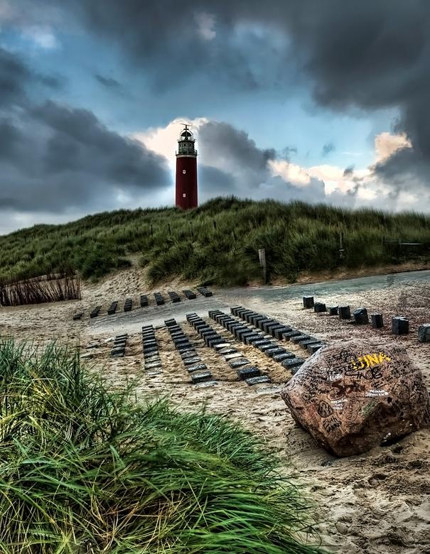 """love on the rocks - De bekende """"love rock"""" op Texel. Meer dan de moeite waar om te bezichtigen. Bedankt voor jullie reactie en faves op mijn"""