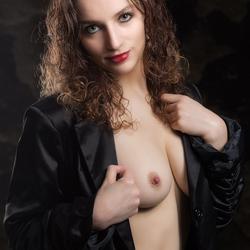 portret met zwart jasje