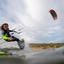 Kitesurfer in volle actie