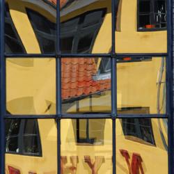 nyhavn gecropt.jpg