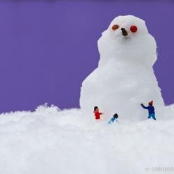 Big small snowman
