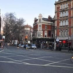 Zomaar een kruispunt in Soho, Londen