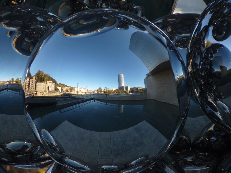 Reflectie op Bilbao