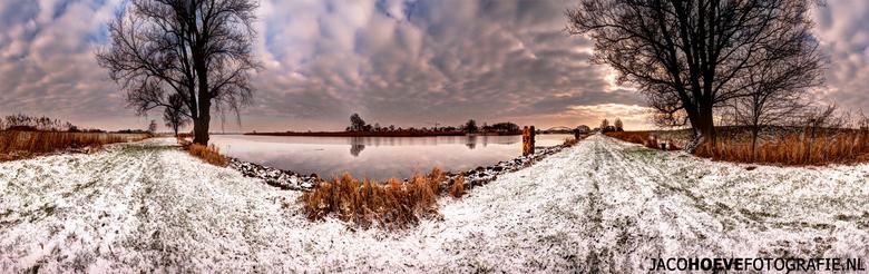 Panorama van Hasselt (2) - Genomen op donderdag 17 januari 2012 in Hasselt (Overijssel)